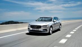Trotz der Eleganz geizt der V90 nicht mit Platz. Foto: Volvo