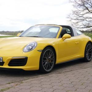 Sportlichkeit komfortabel - der Porsche 911 Targa 4S bietet diese Kombination